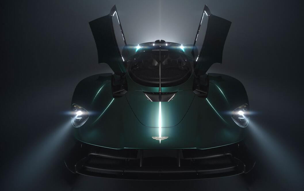 北美首次亮相 阿斯顿・马丁全新车型预告图发布
