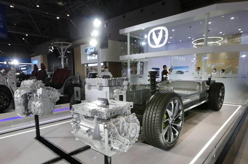 长安汽车亮相西洽会,展现智能化、新能源最新发展成果